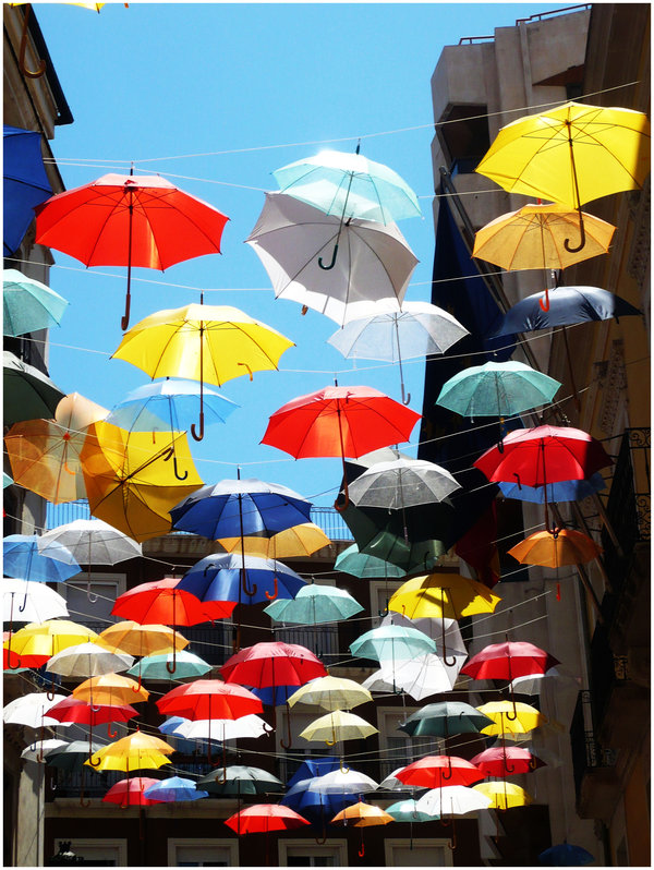 Umbrellas_by_georgina12345