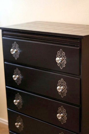 Chestofdrawers1_2